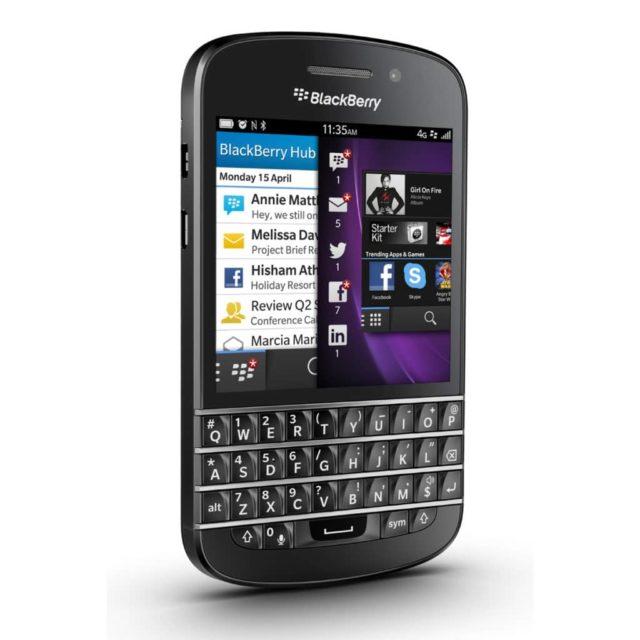 naprawa zbitej szybki wymiana wyswietlacza blackberry Q10