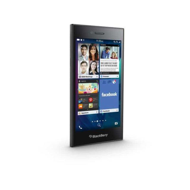 naprawa zbitej szybki wymiana wyswietlacza blackberry Z20